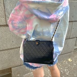 CHANEL Vintage 24k gold shoulder bag